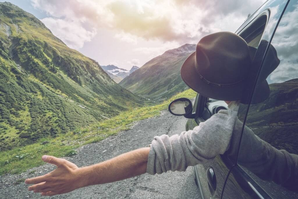 Best Cheap Summer Road Trips for College Students [Inexpensive, Fun Destinations]