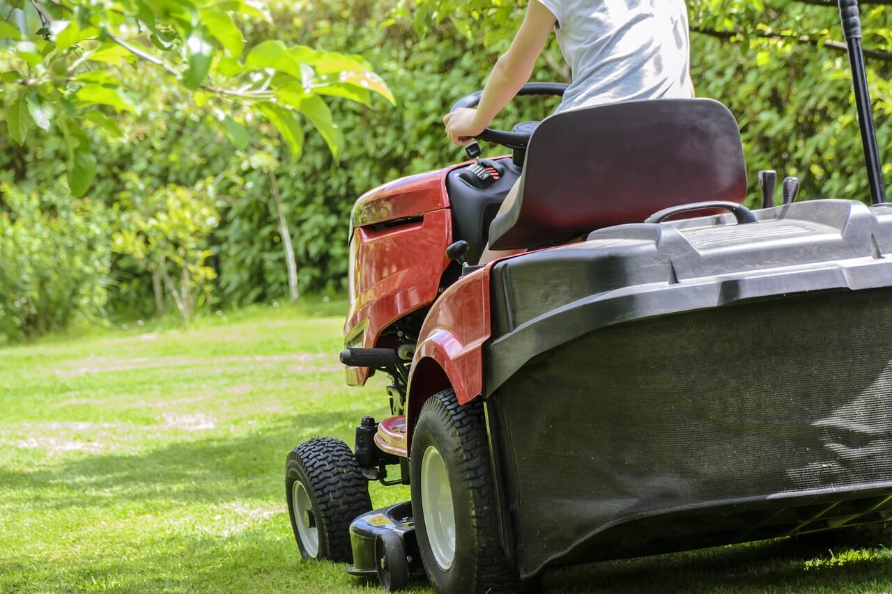 Used Riding Lawn Mowers for Sale under $500 by Owners near Me